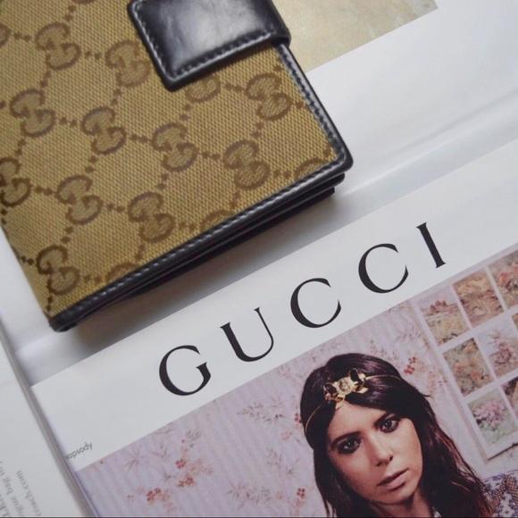 ba92ee935e7d78 Gucci Handbags - Gucci GG Canvas Bi-Fold Wallet